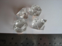 Dice : 4die jumbo clear translucent