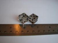 Dice : d6 14mm rutilated quartz