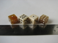 Dice : d6 16mm bone horn Thm Lapidary