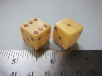 Dice : d6 16mm cream pink rhinestones