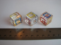 Dice : d6 19mm translucent square perimete