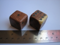 Dice : d6 1inch mesquite wood turquoise pips